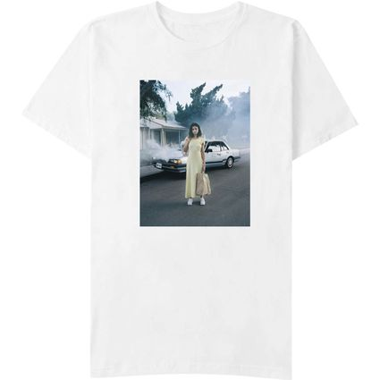 Selena Gomez : Car Photo T-Shirt