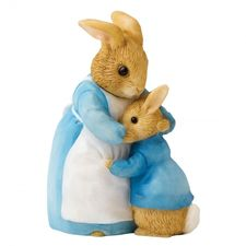 Peter Rabbit: Mrs Rabbit & Peter - 7.5cm Miniature Figurine