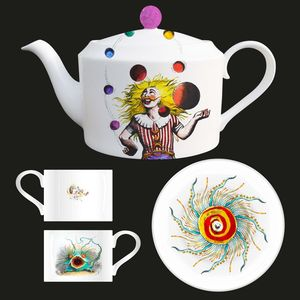 Queen: Queen Archive Edition: Innuendo Bone China Tea Pot + Tea Cups & Saucers