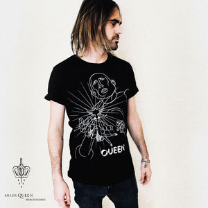 Queen: Manuela Gray Exclusive News Of The World Design Black T-Shirt