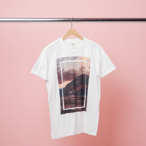 The 1975: She Lays Down Neon T-Shirt