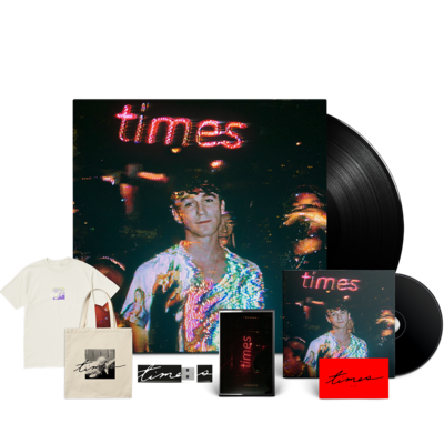 S.G. Lewis: The 'Massive times' Signed Bundle