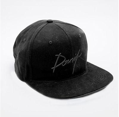 dornik: Logo Hat