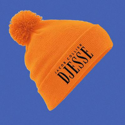 Jacob Collier: Djesse orange beanie