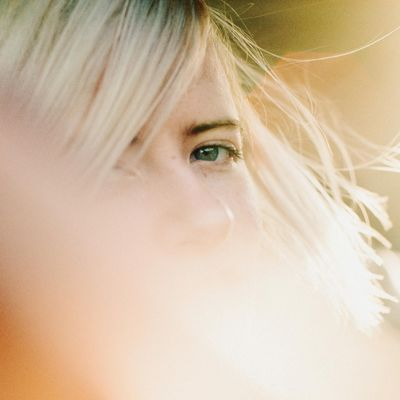 Amber Arcades: Fading Lines