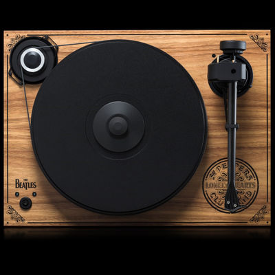 The Beatles: Pro-Ject 2 Xperience SB [Sgt. Pepper Limited Edition]