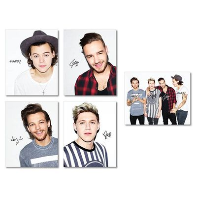 One Direction: On the Road Again Tour Signed Photo Set