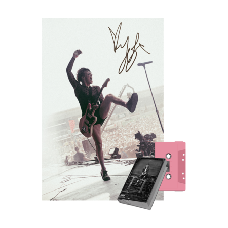 Yungblud: the underrated youth uk exclusive cassette ep + signed print