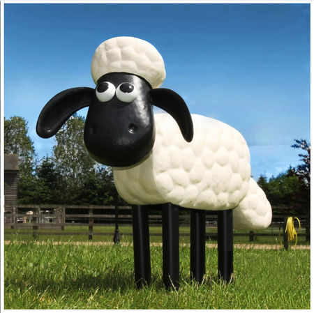 Shaun the Sheep: Shaun the Sheep Metal Garden Sculpture