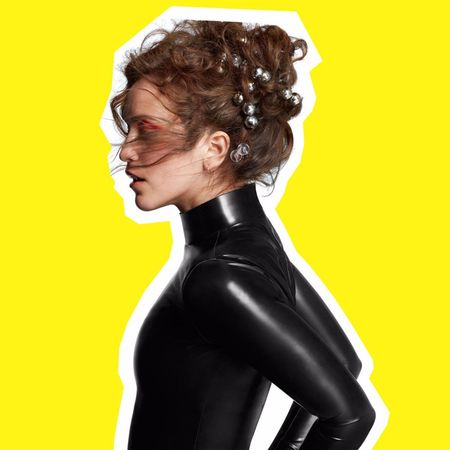 Rae Morris: Someone Out There