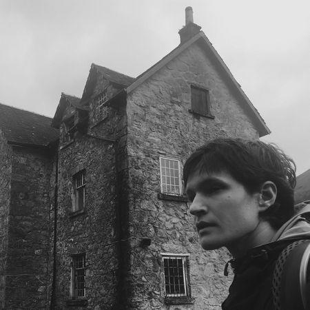 Adrianne Lenker: Abysskiss