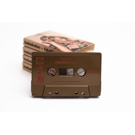Beabadoobee: Fake It Flowers - Gold Cassette