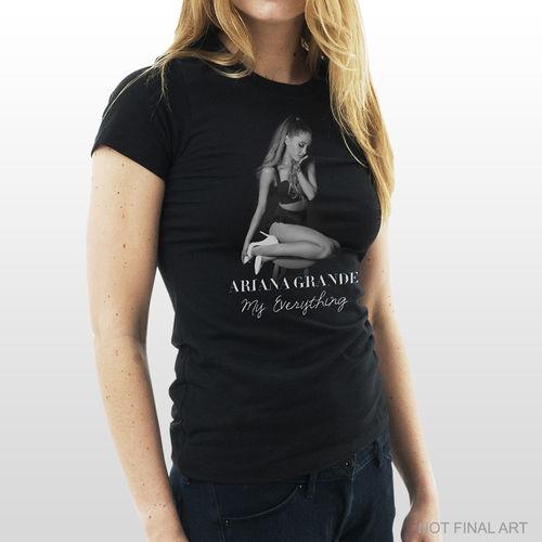 Ariana Grande: Ariana Grande: Women's T-Shirt Small