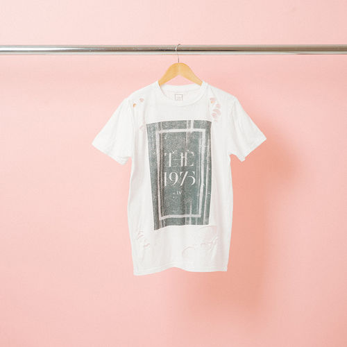 The 1975: IV Distressed T-Shirt