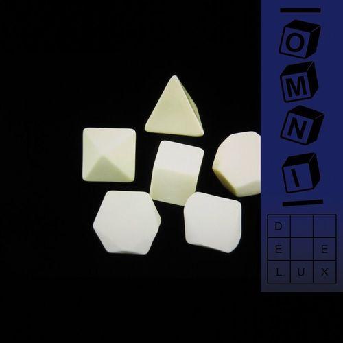 Omni: Deluxe