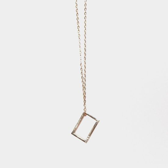 The 1975: THE 1975 ROSE GOLD NECKLACE