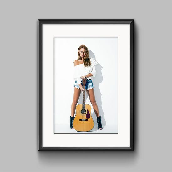 Una Healy: A2 - Poster