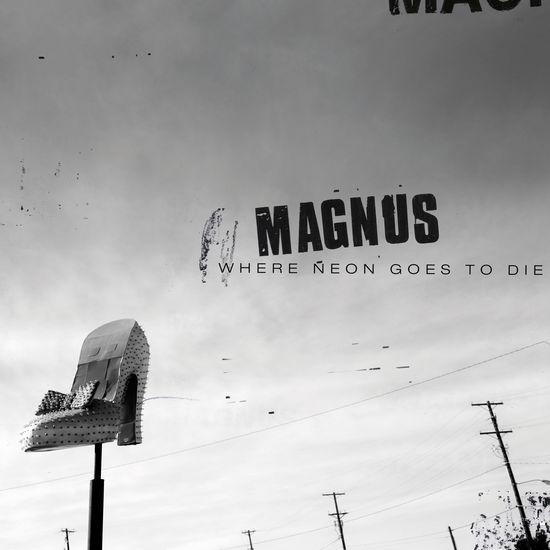 Magnus: Singing Man/Puppy