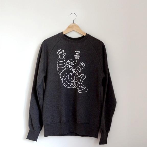 Beyond The Wizards Sleeve: Beyond The Wizards Sleeve 'Bubble Man' Small Sweatshirt