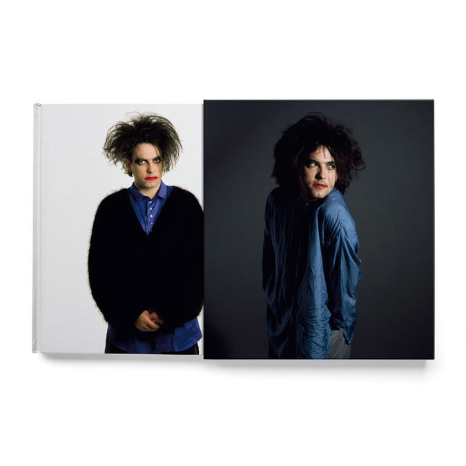 The Cure: In Between Days. The Cure in photographs 1982 - 2005: Deluxe Signed Edition