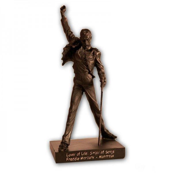 Freddie Mercury Montreux Statue